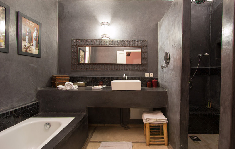 room1-bathroom-Riad-Alegria